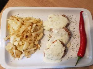 Juneci burgeri sa feta sirom u pesto sosu - Ručak - 1