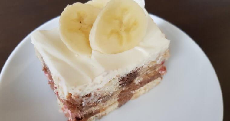 Voćni kolač sa piškotama